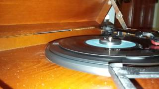 "Anne Murray- ""Walk Right Back"" (45 RPM)"