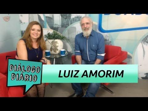 """Ator Luiz Amorim fala sobre a peça """"O Vendedor de Sonhos"""""""