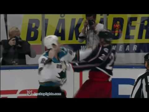 Mike Commodore vs. Ryane Clowe