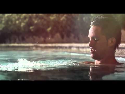 Compleanno in un video di sesso sauna