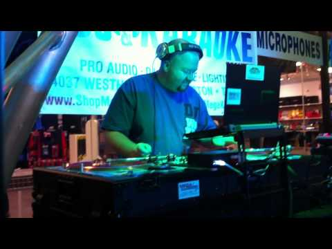 DJ Whiplash - Mega DJ Center Battle FINAL (3rd Place)