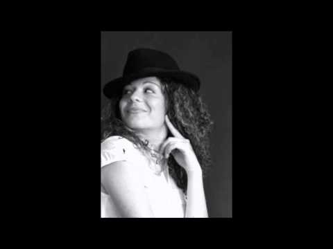 Chiara Leone cantante Cantante per i tuoi eventi Bergamo Musiqua