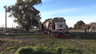 preview picture of video 'Tren de Ferrobaires entrando a Grünbein'