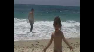 preview picture of video 'Nabeul (Neapolis) Une journée à la plage - 03-06-2012'