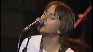 "Toad The Wet Sprocket Live ""Hold Her Down""  on MTV 1991-1992."