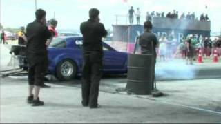 preview picture of video 'Masterton Drag Racing 08-01-2011.mp4'