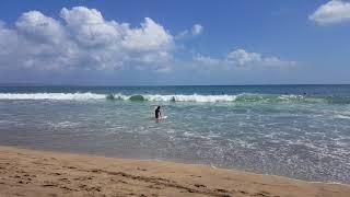 Кута - Серферы и волны