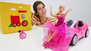 Barbie elige ropa para una fiesta. Vídeos para niñas.