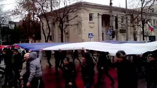 Крым, Симферополь 27.02.2014 Флаг России