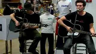 "Matt White Performs ""Love"" at GAP"