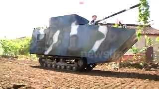preview picture of video 'Best Dad in The World Makes Son a Tank'