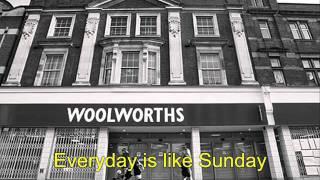 Morrissey-Everyday is like sunday with lyrics - YouTube