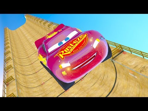 CARS 3 VERTICAL RAMP BUILDINGS JUMP CHALLENGE (Cars 3 Lightning Mcqueen)