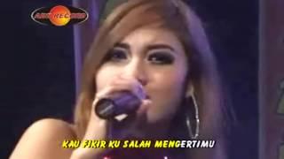 Download lagu Nella Kharisma Hanya Ingin Kau Tahu Mp3