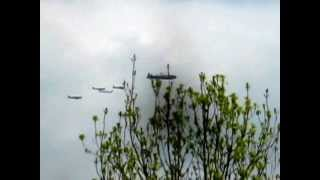 preview picture of video 'Battle of Britain Memorial Flypast 2012 - Rickmansworth'