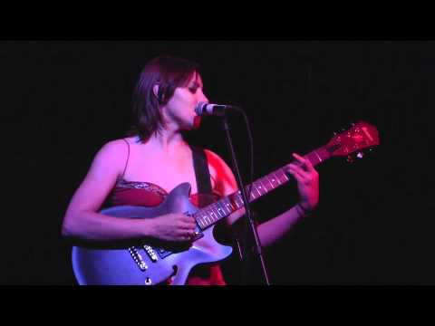 Kate Moreland- LIVE at the Walnut Room