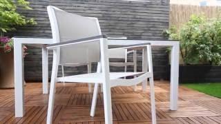 Zestaw obiadowy Rodez z krzesłami blat naturalny z beżową plecionką krzeseł