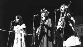 Legend of a Girl Child Linda - Joan Baez & Mimi Fariña & Judy Collins-.