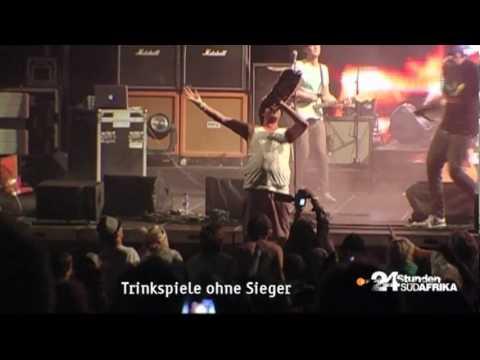 "Heuwels Fantasties feat. Jack Parow – ""Die Vraagstuk"", live (""24 Stunden Südafrika"")"