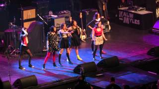 "Cimorelli ""The Way We Live"" Live at Jingleball"