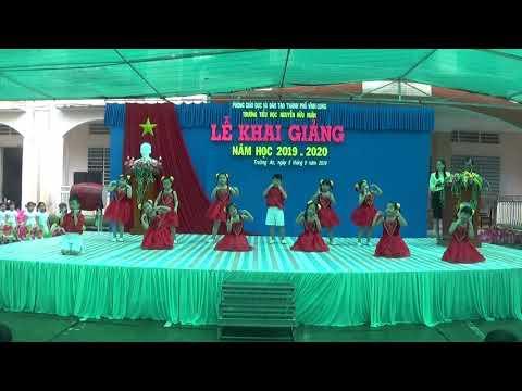 [Múa] Vui đến trường - Khối 1 - TH Nguyễn Hữu Huân