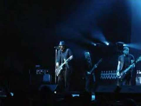 Three Days Grace - Its All Over Live in Pittsburgh PA 2007