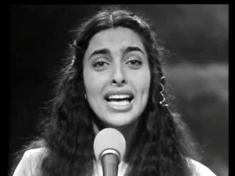 השנים היפות בארץ על כנפי הזמר העברי