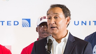 United Airlines CEO loses promotion