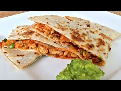 Video How to Make BBQ Chicken Quesadillas and Guacamole