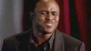 "Wayne Brady Sings ""Beautiful"" Like An Angel"
