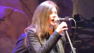 10,000 Maniacs - More Than This (Roxy Music cover) - 1/5/19 - Mohegan Sun - Wolf Den - CT