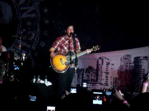 Simple Plan - 3AM, By Matchbox 20, Plus Curitiba - Live In Curitiba, March 19th Mp3