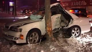 Три человека пострадали в тяжелом ДТП в Артеме