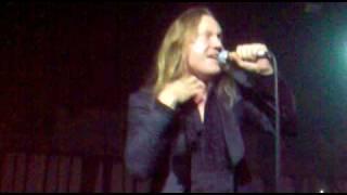 DAD - True Believer (Live in Helsinki 24-11-2009)