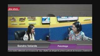 Participación en programa de radio con Marivelia Gallardo en Tepic