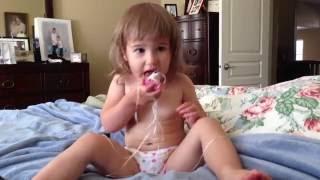 Сочетание полезного с приятным или соска и dental floss! 09/2012