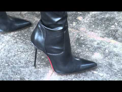 Crotch High Heel Thigh Boots.mp4