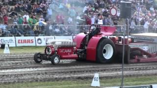 preview picture of video 'EK Tractorpulling Füchtorf 2012 : Tatjaana - Modfified'