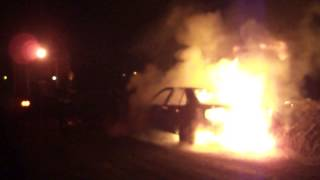 preview picture of video 'Incendio de Vehículo en Villa Rosa'