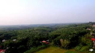 preview picture of video 'Desaku di tengah hutan kalimantan'