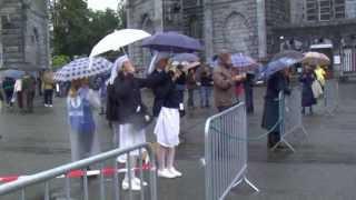 preview picture of video 'Inondation 2013 Grotte de Lourdes (vidéo 1) mardi 18 juin matin : la montée des eaux'