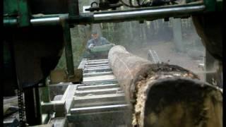 preview picture of video 'Salzbergen  Mobilsägewerk / Mobile Sawmill'