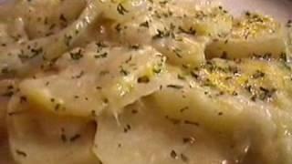 Pan Scalloped Potatoes and Cheddar