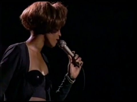 Whitney Houston - Saving All My Love For You (Live in Japan 1991)