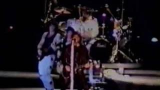 Bon Jovi - Fear (live, 1993)