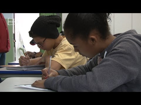 Desafio de Redação leva reflexão a estudantes