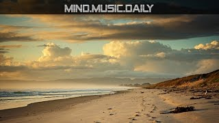 Les Deux Love Orchestra - The Moth & The Flame (Mr. Robot Soundtrack) - mind.music.daily -