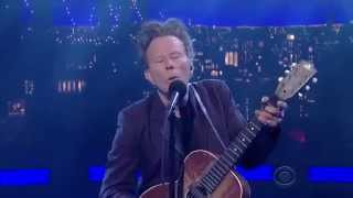 Tom Waits - Take one last look (New Song)