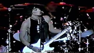 Joan Jett -  LOVE IS PAIN ( LIVE ) 1991