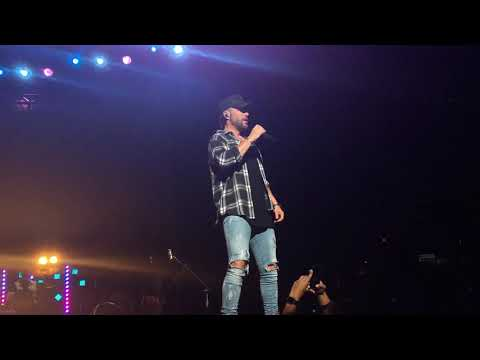 """Chris Lane """"I Don't Know About You"""" Saratoga Springs, NY 7/25/19"""